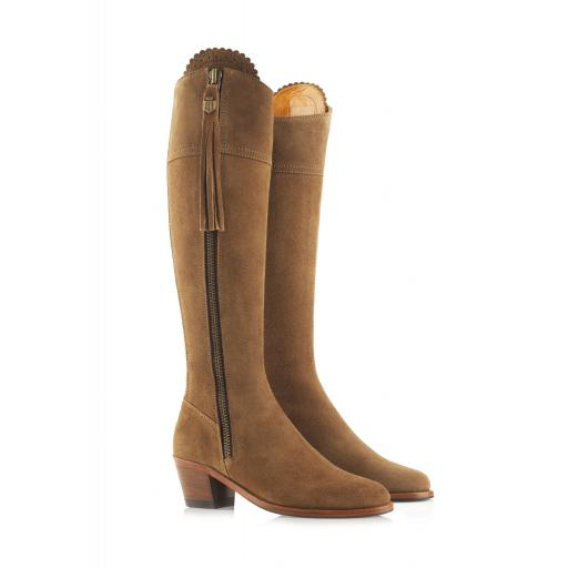 THE HEELED REGINA, TAN SUEDE
